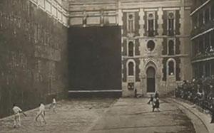 Los primeros frontones en que se practica el frontenis se encontraban en Ciudad de Mexico