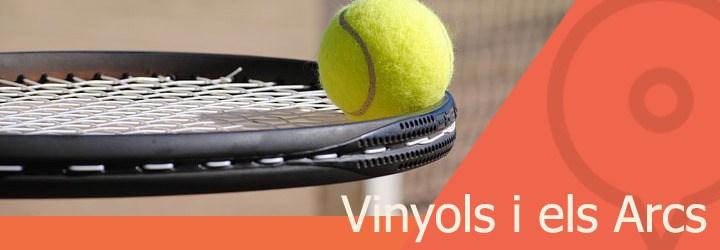 pistas de tenis en vinyols i els arcs.jpg